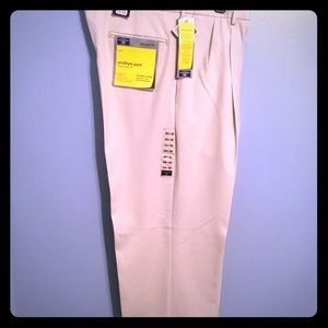 BRAND NEW Dockers - Relaxed Fit Khakis